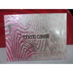 ROBERTO CAVALLI COFFRET 2 PIECES FEMME AVEC 1 EAU DE PARFUM VAPORISATEUR 15 ML + 1 RECHARGE EAU DE PARFUM DE 15 ML SOUS BLISTER